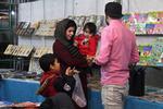 کتاب کودک محور خرید بزرگسالان/دانشآموزان محروم در حاشیه ماندند