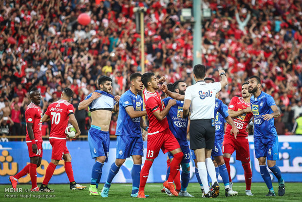 Red giants win 85th Tehran derby on Thursday