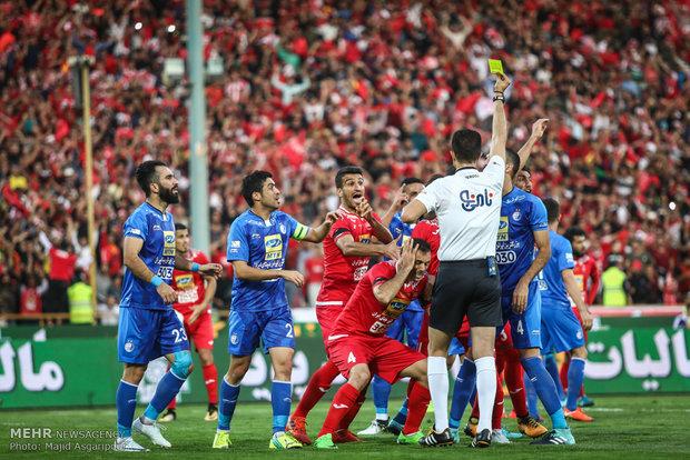 İran futbolunun büyük derbisinden kareler