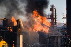 """مصرع وإصابة 12 شخصاً في حريق مصنع للبتروكيماويات بمدينة """"ينبع"""" السعودية"""