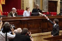 حکومهت و پارلمانی کاتالۆنیا ههڵوهشێندرایهوه