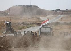 """تدمير أربعة عجلات ومخيمات لـ""""داعش"""" في صحراء الانبار غرب العراق"""
