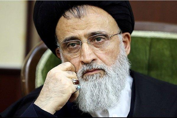 غیرمسلمان نمی تواند نماینده مسلمان ها در شوراها باشد