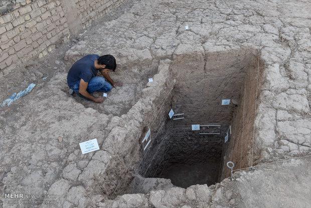 تپه 7000 ساله پوستچی شیراز