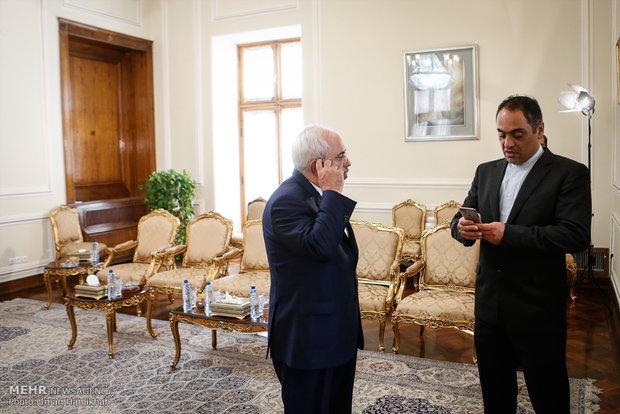 Foreign Minister Zarif receives Austria's Linhart