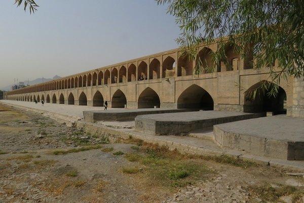 پلهای تاریخی اصفهان تنها گذرگاه نیستند
