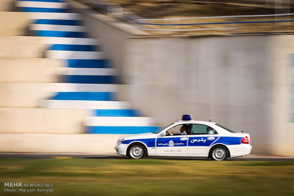 استعراض سيارات الشرطة الايرانية بمناسبة الاربعين الحسيني