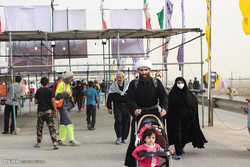 Iranians preparing to march for Arbaeen rituals