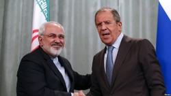 Zarif, Lavrov talk on phone ahead of trilateral summit