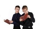 نوجوانی را با چه کتاب هایی پشت سر بگذاریم؟