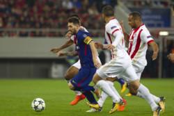 دیدار تیم های فوتبال المپیاکوس و بارسلونا