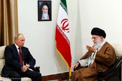قائد الثورة يستقبل الرئيس الروسي في طهران