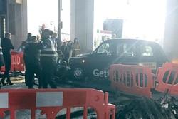 یک تاکسی در «کاونت گاردن» لندن عابران را زیر گرفت