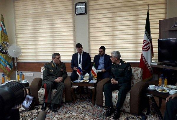 Iran, Russia talk Syria, military coop. in Tehran