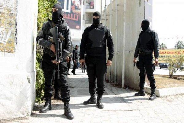 """تفكيك خلية تكفيرية في تونس تتواصل مع عناصر """"إرهابية"""" بالعراق وسوريا"""