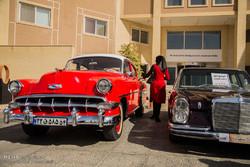 گردهمایی خودروهای کلاسیک در یزد