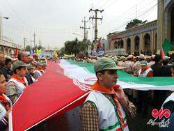 """مسيرات يوم """"مقارعة الاستكبار"""" في مدينة كرمانشاه الايرانية"""