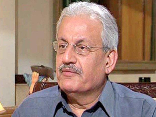 پاکستان کے سابق چیئرمین سینیٹ کا صدر عارف علوی سے مستعفی ہونے کا مطالبہ