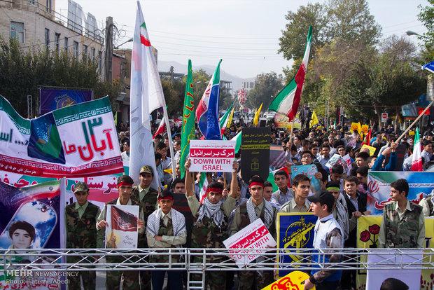 مردم ایران در ۱۳ آبان اتحاد خود را مقابل دشمنان نشان خواهند داد
