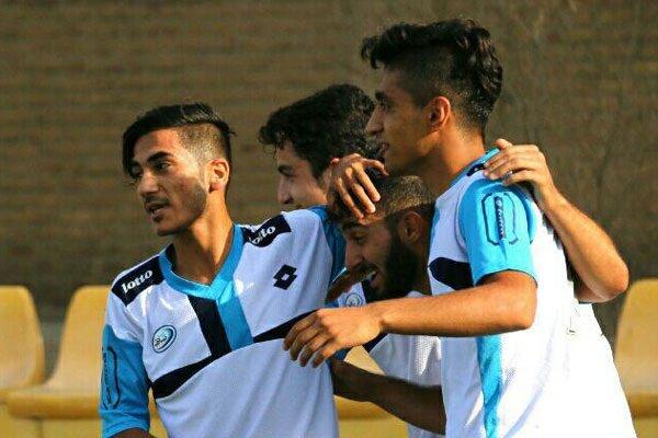 تیم فوتبال جوانان صبای قم در خانه از سد شاهین بوشهر گذشت