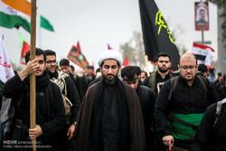 مواکب ايرانية تنتشر فی کربلاء لتقدیم الخدمة لزوار أربعینیة الامام الحسین(ع)