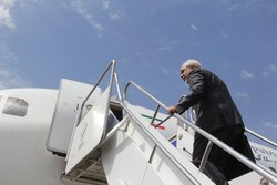 Zarif departs for Rome