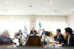 Iranian officials discuss international agreements