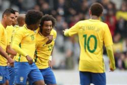 برزیل با ۳ گل از سد ژاپن گذشت/ کاواشیما پنالتی نیمار را مهار کرد