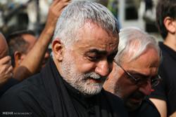 ایرانی پارلیمنٹ کی اعلی قومی سلامتی کمیشن کے سربراہ کی چہلم کے عظیم پیدل مارچ میں شرکت