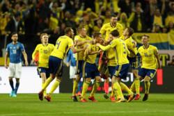 دیدار تیم های ملی فوتبال سوئد و ایتالیا