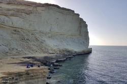"""شاطئ خلاب وطقس أستوائي معتدل لمدينة """"جابهار"""" الإيرانية / صور"""