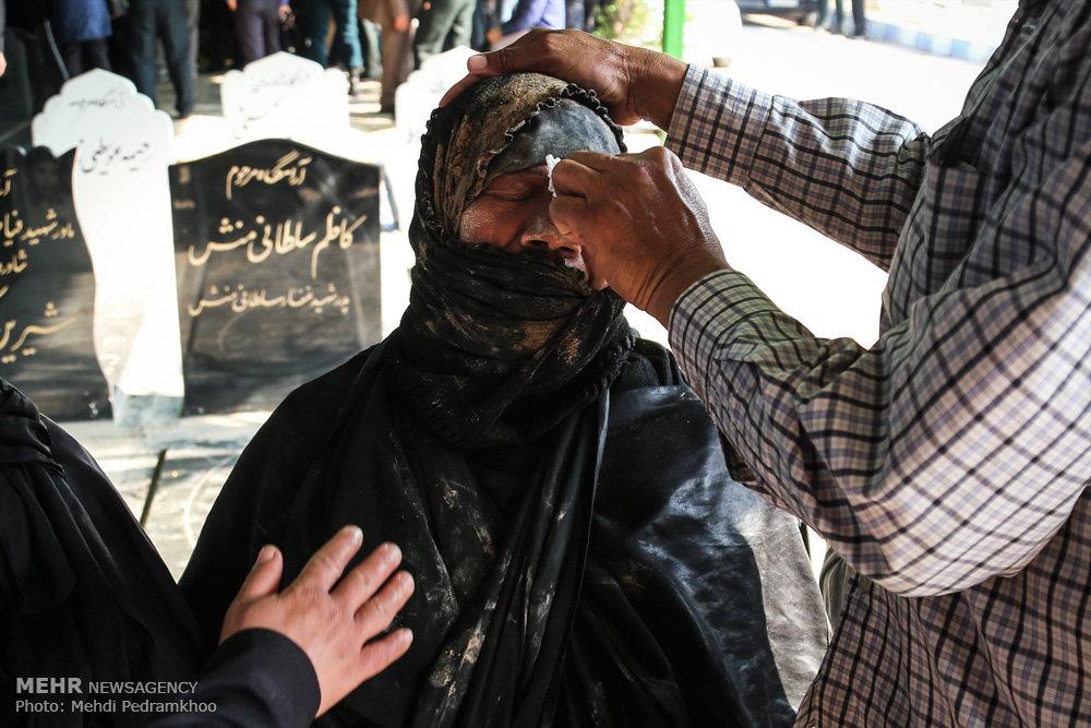 تشییع پیکر ۴ شهید نیروی انتظامی دوران دفاع مقدس