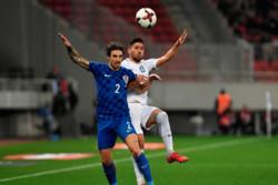 دیدار تیم های ملی فوتبال یونان و کرواسی