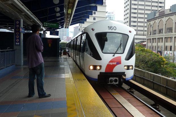 فرایند سرمایه گذاری خطوط LRT  در قلب تهران