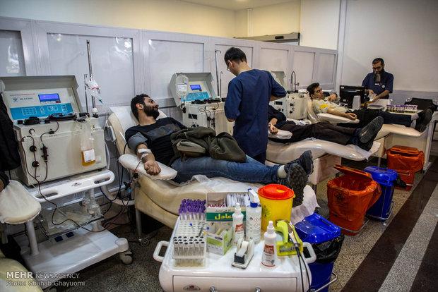 اهدای خون به زلزلهزدگان کرمانشاه