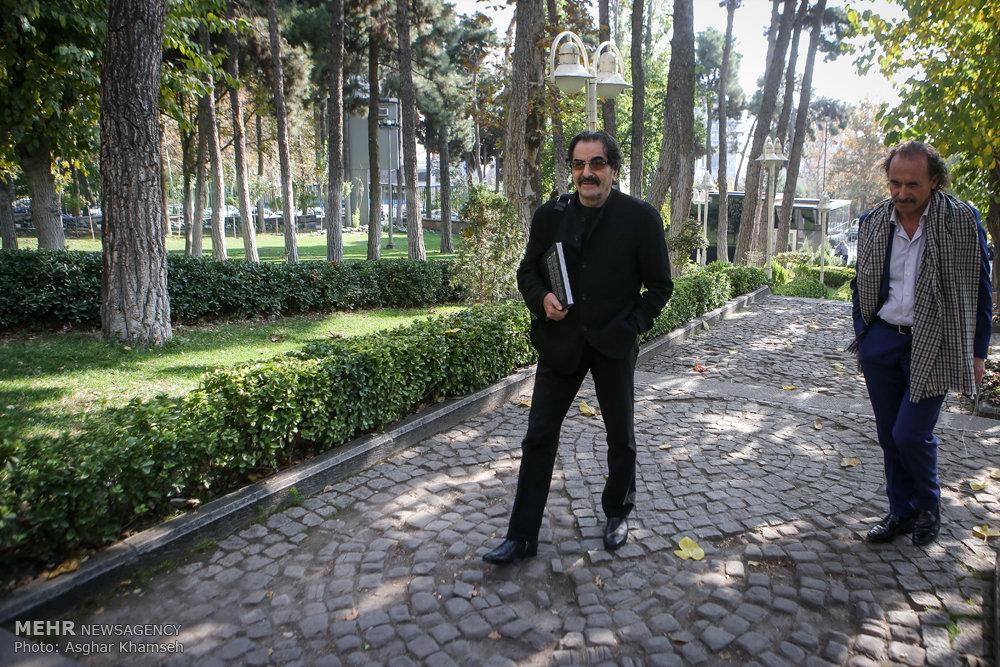 Nazeri's new album unveiled at Niavaran Cultural Complex