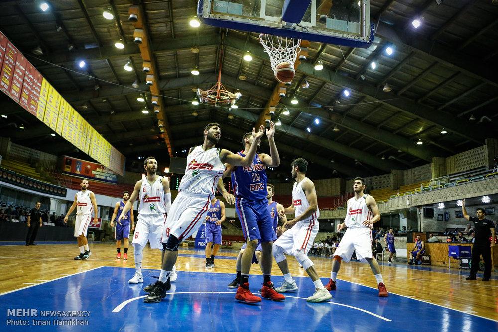 سرمربی تیم بسکتبال رعد پدافند هوایی خوزستان: همه بازیکنان قرارداد سفیدامضا کردهاند/با این وضعیت ادامه نمیدهم