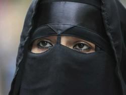 اترپردیش میں برقعہ پہننے والی طالبات کے داخلے پر پابندی عائد