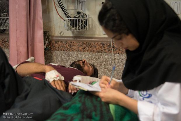 بازدید از تیم پزشکی اعزامی همدان به مناطق زلزله زده کرمانشاه