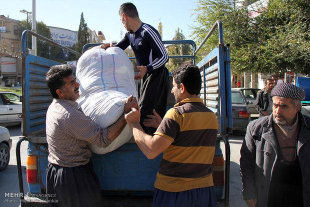 ارسال کمک های مردمی شهرستان جوانرود به مناطق زلزله زده