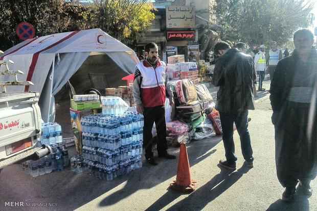 ارسال ۳۸۴ تخته چادر به مناطق زلزلهزده/ ۱۰ تیم امدادی مستقر شد
