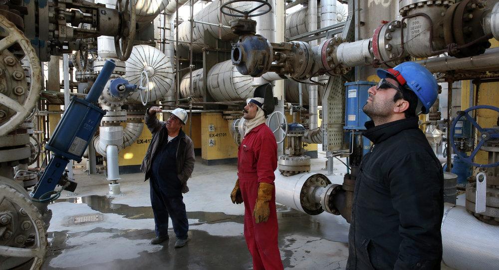 Iran's October oil output at 3 823m bpd: OPEC - Tehran Times