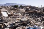 چرا زلزله باید دستمایه تسویه حسابهای سیاسی شود؟
