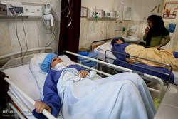 عیادت مسئولان از مصدومان زلزله کرمانشاه در همدان