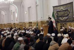 امام رضا(ع) محور اتحاد امت های اسلامی است