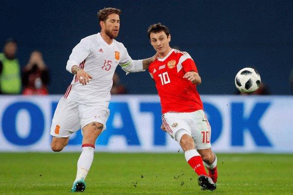 دیدار تیم های ملی فوتبال روسیه و اسپانیا