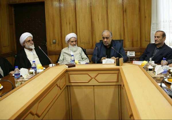 استاندار ایلام در دیدار با مسئولین  استان کرمانشاه