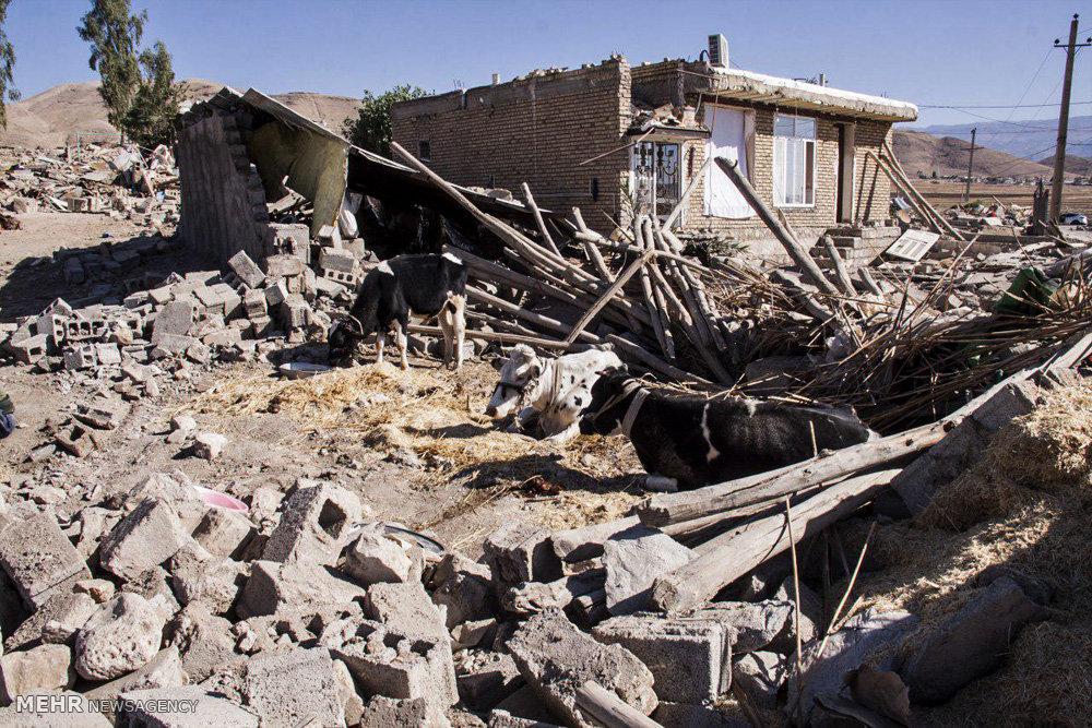 سنگ بنای خانههای متزلزل گذاشته شد/ تبعیض بین شهر و روستا