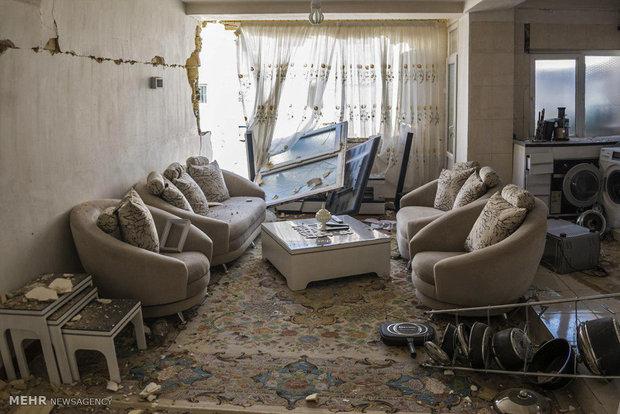 Sarpol-e Zahab'da hasar gören evlerden yeni kareler