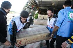 دو محموله کمک های مردمی آران و بیدگل به کرمانشاه ارسال شد